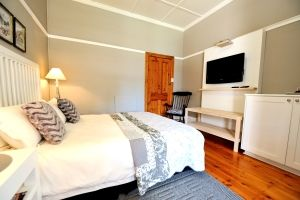 Bed and breakfast near NMMU